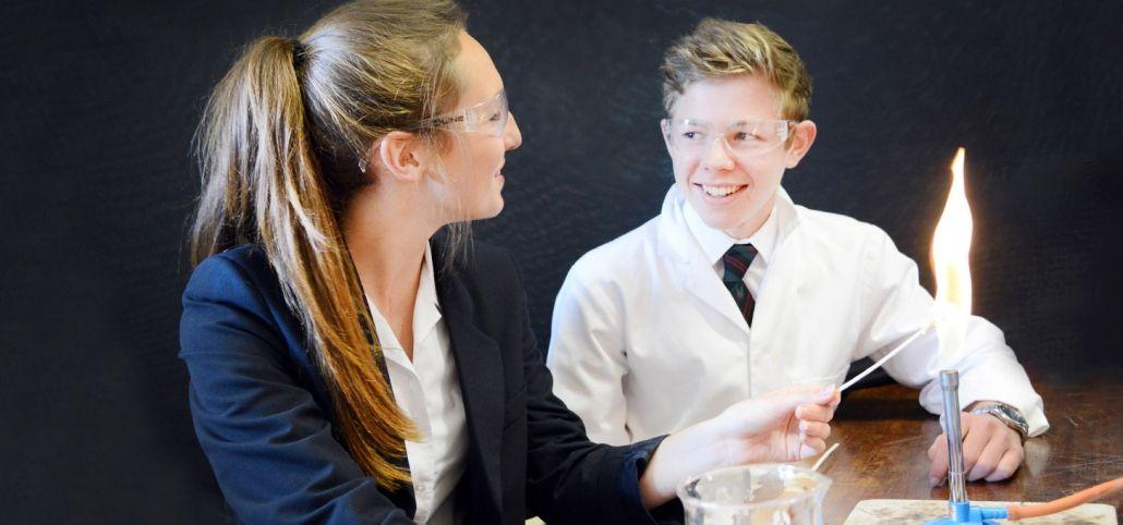 Inmersión Escolar en el Reino Unido / Ministay